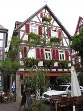 Ansicht von Süden, Café Hirsch / Wohn- und Geschäftshaus in 74354 Besigheim (03.07.2016 - Denkmalpflegerischer Werteplan, Gesamtanlage Besigheim, Regierungspräsidium Stuttgart)