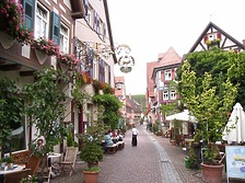 Mittlerer Bereich von Südosten / Kirchstraße in 74354 Besigheim (2007 - Denkmalpflegerischer Werteplan, Gesamtanlage Besigheim, Regierungspräsidium Stuttgart )