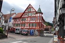 Gasthaus zum Adler, Ansicht von Osten / Gasthaus zum Adler in 77761 Schiltach (Fotoarchiv Freiburg, Landesamt für Denkmalpflege)