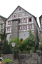 Wohn- und Geschäfthaus, Marktplatz 9 in Schiltach - Nordgiebel / Wohn- und Geschäfthaus in 77761 Schiltach (Fotoarchiv Freiburg, Landesamt für Denkmalpflege)