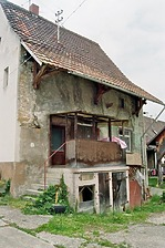 Wohnhaus, Efringen-Kirchen, Am Rebhang 9 + 11- Südostansicht / Wohnhaus in 79588 Efringen-Kirchen, Huttingen (Bildarchiv, Landesamt für Denkmalpflege im Regierungspräsidium Stuttgart, Dienstsitz Freiburg)