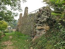Ansicht / Burgruine Landeck (Grabenmauer der Unteren Burg) in 79312 Landeck (Stefan King)