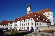 Ehem. Franziskanerkloster - Südostansicht / Ehem. Franziskanerkloster in 89584 Ehingen (Donau) (15.02.2019 - Christin Aghegian-Rampf)
