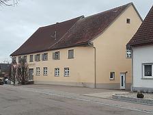 Ehem. Gasthaus zum Hirsch, Nordostansicht / Ehem. Gasthaus Hirsch in 89182 Bernstadt (08.03.2019 - Christin Aghegian-Rampf)