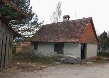 Backhaus, Blick auf Ostseite und denNordgiebel mit Ziegelbehang. / Backhaus in 88682 Neufrach