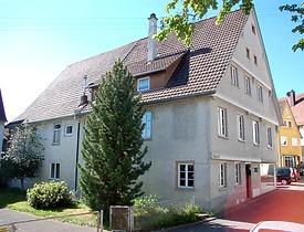 Gesamtansicht von Nordwesten / Wohn- und Geschäftshaus in 89597 Munderkingen (Stefan Uhl)