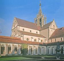 Kirche vom Kreuzgarten aus gesehen / Ehem. Klosterkirche in 72074 Tübingen-Bebenhausen