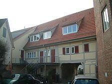 Blick von der Hofseite / Torgebäude mit Wohnhaus in 73728 Esslingen am Neckar