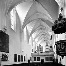 Klosterkirche innen (nach West), 1989 / Klosterkirche Mariä Himmelfahrt in 73467 Kirchheim/Ries, kein Eintrag
