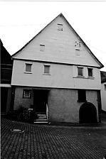 Ratsgasse 3, Beutelsbach: Westansicht. / Weingärtnerhaus in 71384 Weinstadt - Beutelsbach (11.11.2005 - Michael Hermann)