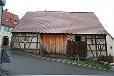 Schafscheuer, Kirchberg 10, Flacht. Westfassade. Verzeichnungskorrigierte Digitalaufnahme / ehem. Schafscheuer in 71287 Weissach - Flacht (26.05.2008 - Michael Hermann)