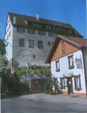 Pforzheim-Dillweißenstein, Felsenstraße 2, Ansicht Süd / Gasthaus mit Wohnungen in 75180 Pforzheim-Dillweißenstein