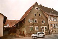 Walzbachtal-Jöhlingen, Jöhlingerstraße 51, Straßenansicht / Wohn- und Geschäftshaus in 75045 Walzbachtal-Jöhlingen
