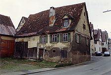 Eutingen im Gäu, Schillerstraße 22, Hofansicht / Wohnhaus mit Scheune in 72184 Eutingen im Gäu