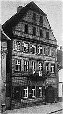 """Westfassade. Historische Aufnahme von 1908. / ehemaliges Gasthaus """"Rose"""" in 74172 Neckarsulm (07.01.2011 - Stadtarchiv Neckarsulm)"""