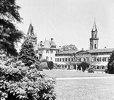 Aufnahme von 1952 (www.bildindex.de) / Schloss Weinheim, Kellergeschoss in 69469 Weinheim
