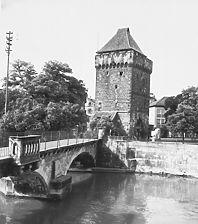 Aufnahme von Norden mit der St. Agnes Brücke (LAD, 1969) / Schelztorturm in 73728 Esslingen am Neckar