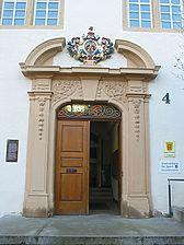 Schlossportal aus den 1720/30er Jahren (2008) / Schloss in 71686 Remseck am Neckar, Aldingen