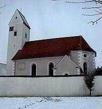St. Nikolaus. Ansicht von Süden. / Katholische Kirche St. Nikolaus in 72539 Pfronstetten