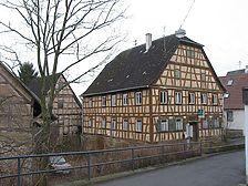 Nordansicht des Anwesens mit Gasthaus und zwei Scheunen (2008) / Gasthaus Ochsen in 74206 Bad Wimpfen - Hohenstadt