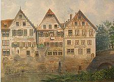 Das Aquarell Johann Friedrich Reiks von 1878 zeigt, dass es sich um einen steinernen Wohnbau aus der Zeit um 1200 handelt. Im Erdgeschoss: drei Biforien mit romanischen Rundbögen (Hällisch-Fränkisches Museum, Inv.-Nr. 1987/0033-348) / Fachwerkhaus, Sog. Sulmeisterhaus in 74523 Schwäbisch Hall