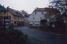 Gesamtansicht von Süden / Wohn- und Geschäftshaus in 74189 Weinsberg