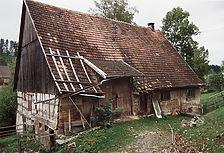 Ansicht vom Hang her, rechts der Wohn-, links der Wirtschaftsteil / Fachwerkhaus in 78658 Zimmern o.R.-Stetten