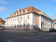 Ansicht des Gebäudes von Südosten (2007) / Ehem. kirchliches Oberamtsgebäude in 71634 Ludwigsburg