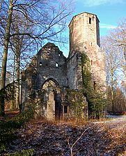 Ansicht von Osten, 2009, Urheber: Regierungspräsidium Karlsruhe, RPK, Ref. 26 / Ruine der St. Barbarakapelle in 76307 Karlsbad-Langensteinbach