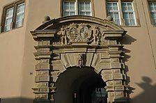 Äußeres Portal am Langenburger Bau von Schloss Weikersheim. / Langenburger Bau in 97990 Weikersheim