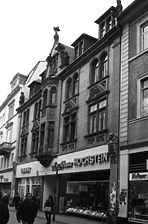 Wohn- und Geschäftshaus, Ansicht von Nordosten,  Urheber: Regierungspräsidium Karlsruhe, RPK, Ref. 26 / Wohn- und Geschäftshaus in 69117 Heidelberg-Altstadt