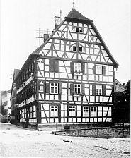 Rathaus, 1619, aufgen. ~ 1910, Ansicht N Quelle: Bildarchiv Foto Marburg / Gasthaus Zum güldenen Hirschen, später Rathaus in 74740 Adelsheim