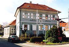 Heimatmuseum, ehem. Rathaus, ehem. Forsthaus, Ansicht von Südosten Quelle: Eugen Fuchs (Restaurator) / Heimatmuseum, ehem. Rathaus, ehem. Forsthaus in 68789 St. Leon