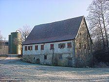 Die Mühle aus Weipertshofen am alten Standort kurz vor dem Abbau, Spätjahr 2004. / Mühle Laun in 74597 Stimpfach-Weipertshofen
