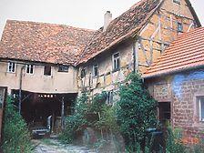 Hofansicht Quelle: bauhist. Untersuchung der Architekten Crowell & Crowell, Karlsruhe (8/1998) / Haus Volk bzw. Der alte Bauhof in 74731 Walldürn