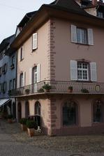 Südostansicht mit Buckelquaderecke / Wohnhaus  in 79219 Staufen, Staufen im Breisgau (26.01.2009 - Burghard Lohrum)