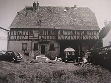 Knittlingen-Kleinvillars, Hauptstraße 11 / Altes Rathaus in 75438 Knittlingen, Kleinvillars (01.08.1998 - Abbildung aus der Dokumentation der Werkgemeinschaft Altbau+Denkmal, Karlsruhe)