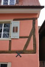 Detail Holzkonstruktion Fassade / Wohnhaus in 79219 Staufen, Staufen im Breisgau (25.01.2009 - Lohrum)
