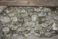 Bruchsteinausmauerung / Wohnhaus in 79219 Staufen, Staufen im Breisgau (26.01.2009 - Lohrum)