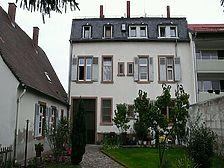 Westansicht / Wohnhaus in 68723 Schwetzingen (05.05.2010 - Aldinger Architekten Stuttgart)