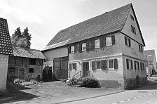 Perspektive Nord-Ost / Bäuerliches Wohnhaus des Einhaustyps in 74172 Neckarsulm-Dahenfeld (20.05.2011)