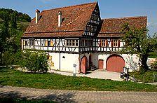 Eingangsgebäude des FLM Beuren / Hof Wyrich, Haus Mannsperger, Dosterhaus; Wohn- und Wirtschaftsgebäude aus Tamm in 71732 Tamm (http://www.freilichtmuseum-beuren.de/museum/rundgang/wohn--und-wirtschaftsgebaeude-aus-tamm/)