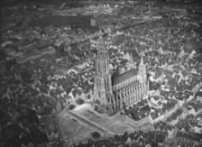 Ulmer Innenstadt mit Münster, von Südwesten (1944) / Münster Unserer Lieben Frau in 89073 Ulm (01.01.1944 - Foto Marburg, Aufnahme-Nr. 931.213; Fotoinhalt: Luftaufnahme)