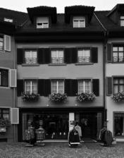 Sraßenfassade / Wohn- und Geschäftshaus in 79219 Staufen, Staufen im Breisgau (Stadtarchiv Staufen)