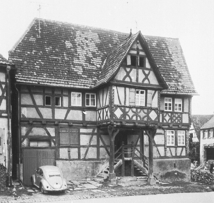 Fachwerkhaus » Objektansicht » Datenbank Bauforschung/ Restaurierung