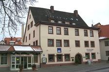 Straßenfassade Stadionstr. 4 / Ehem. Sondersiechenhaus in 78628 Rottweil (01.01.2001 - J. Mehl/Rottweil, http://rottweil.net/frame/Themen/2001/Januar2001/Sondersiechenhaus/frame.php)