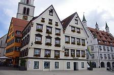 Westansicht, Marktplatz 5 (rechtes Gebäude) / Wohnhaus in 88400 Biberach, Biberach an der Riß (24.06.2018 - Christin Aghegian-Rampf)