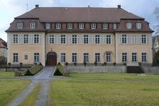 Gartenseitige Südfassade .  / Schloss Freudental in 74392 Freudental (20.02.2014 - Michael Hermann)