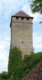 Schloss Liebenstein, Bergfried in 74382 Neckarwestheim, Liebenstein (29.05.2010)