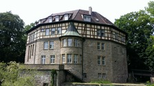 Ansicht gegen Norden (2014) / Ehem. Schloss, jetzt Rathaus in 74343 Großsachsenheim (strebewerk.)